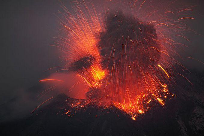 Vulkani - Page 5 Erupcija-vulkana-5
