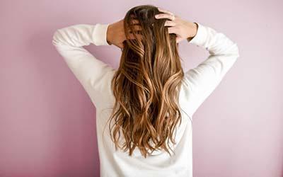 Privlačne Frizure Za Dugu Kosu